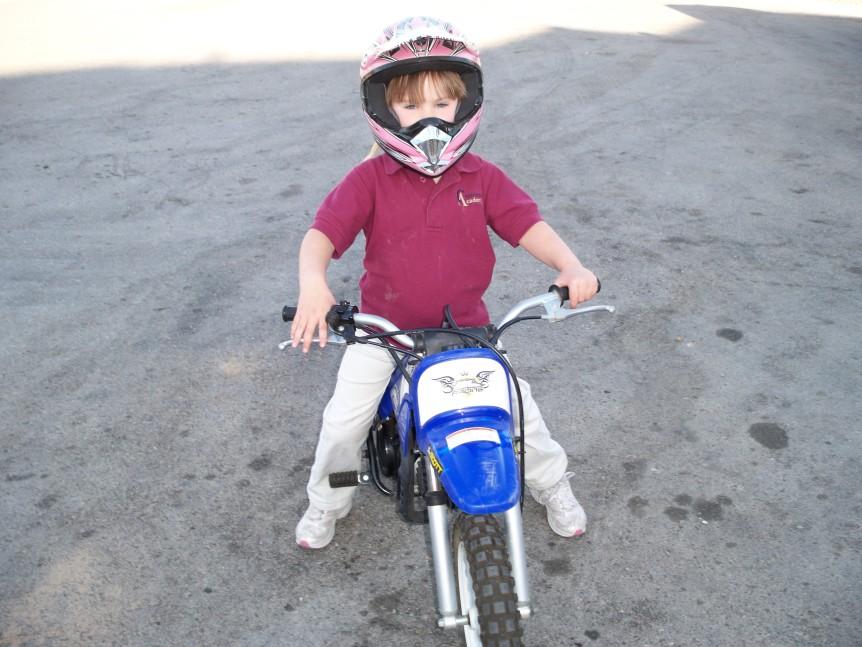 amanda sorensen on dirt bike